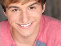 RISING STAR UPDATE: 2012 #1 Male Lucas Cruikshank comes out